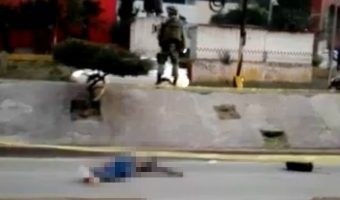 VIDEO: Derrapa y muere en Coacalco