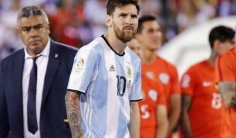 VIDEO: Suspenden a Lio Messi por insulto a árbitro