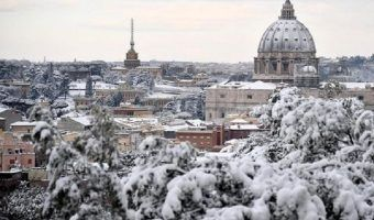 FOTOS: Nevada en Roma regala bellas postales